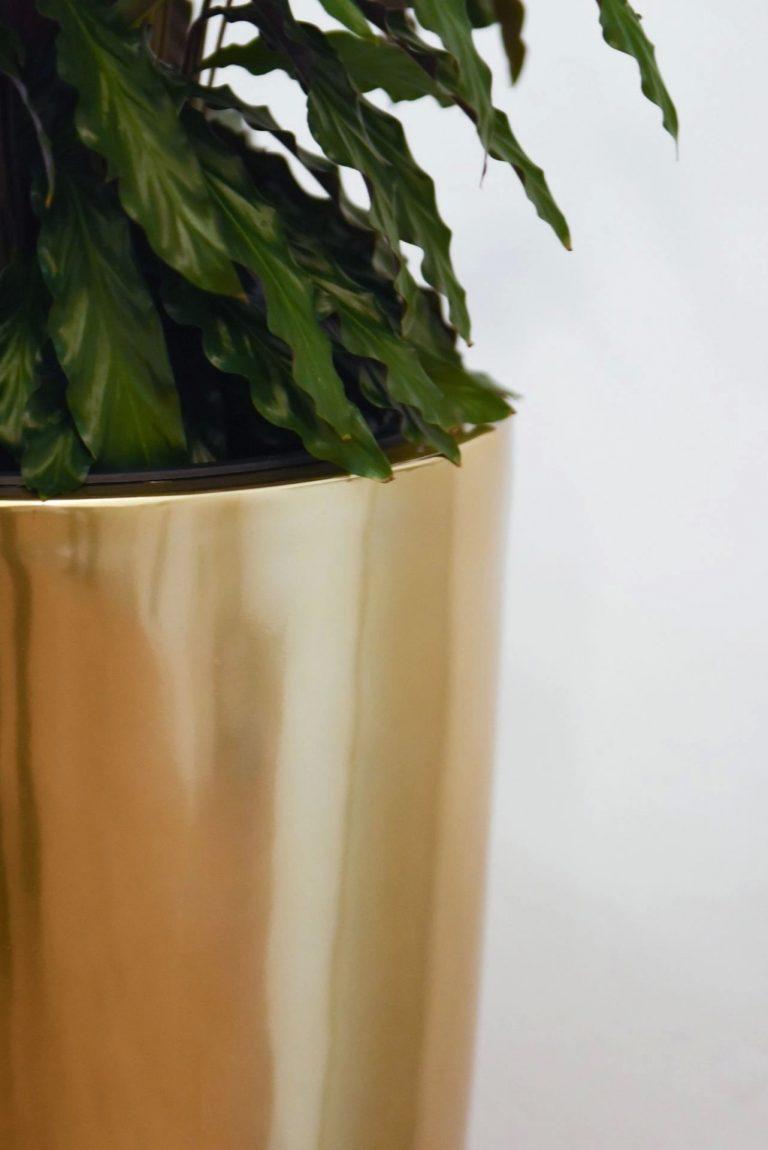 Напольное кашпо pflanzgefaess-fiberglas-rosegold-metallic-exklusiv-city-6-min